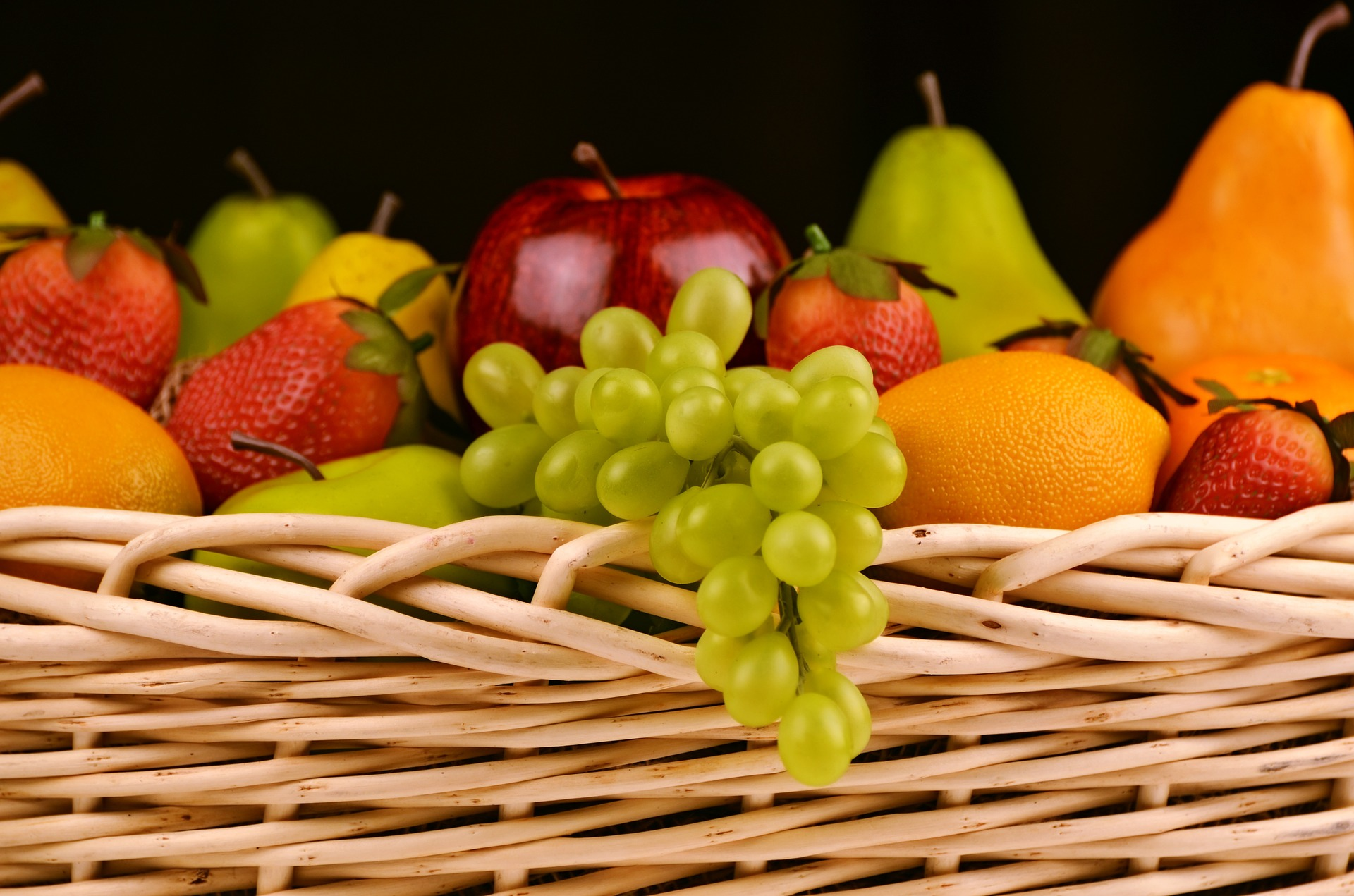 Hrana fruit basket 1114060 1920